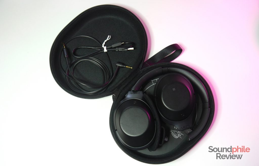 Sony MDR-1000X carrying case and accessories