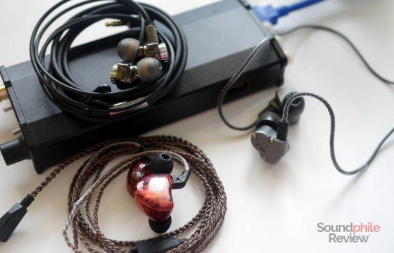 Headphones in Pictures IMR Acosutics R1 KZ ZS10 RevoNext QT2