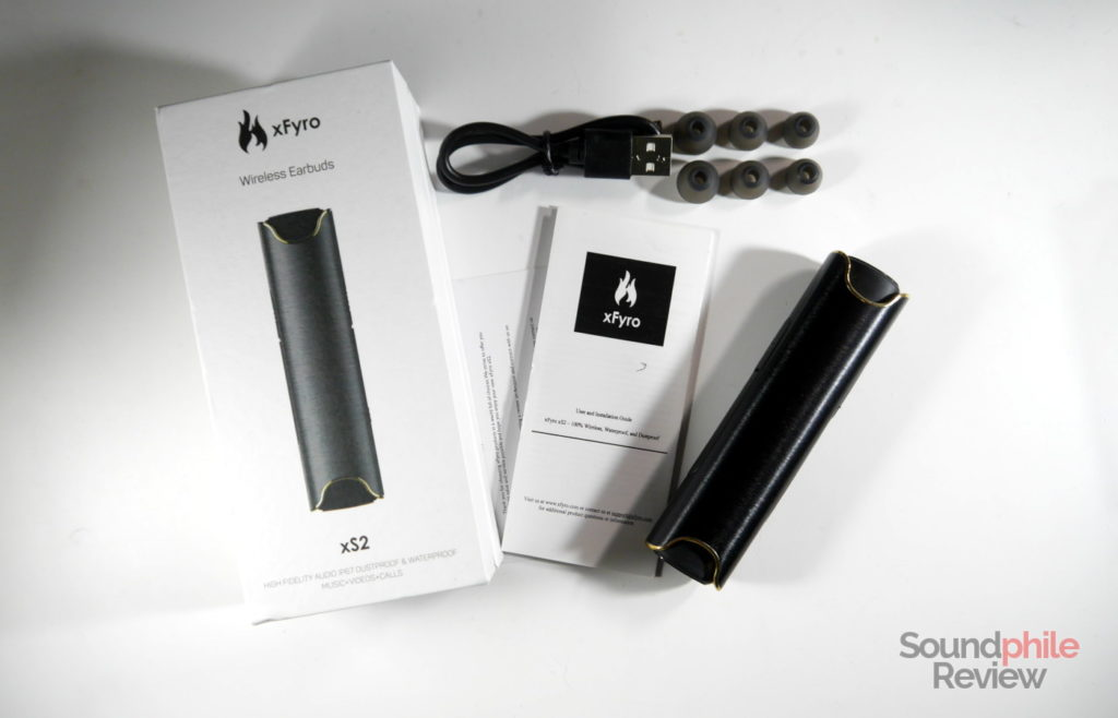 xFyro xS2 packaging and accessories