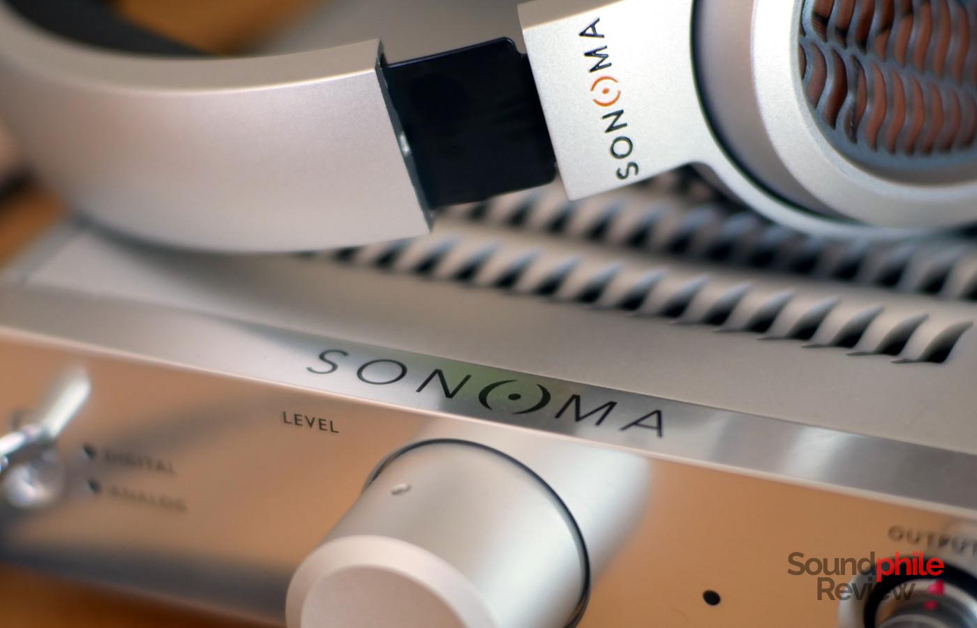 Warwick Acoustics Sonoma M1 Headphones in Pictures