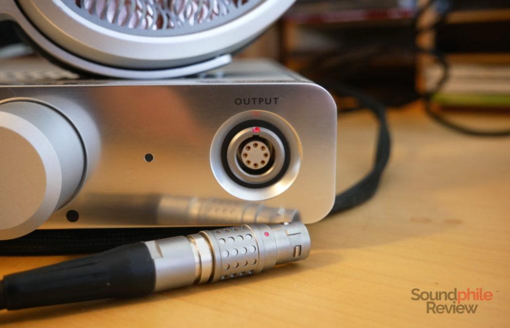 Warwick Acoustics Sonona M1 connector
