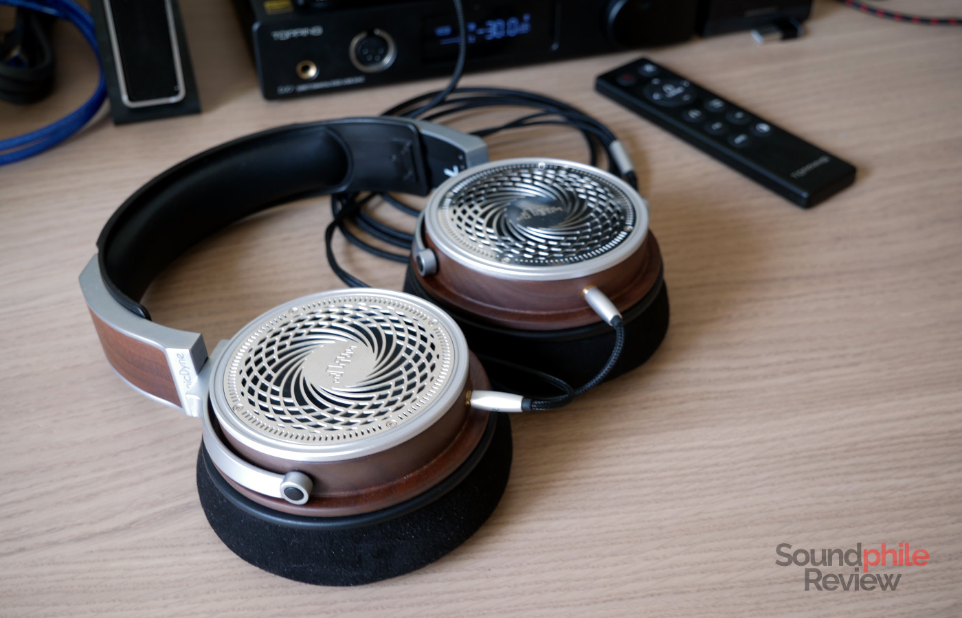 HarmonicDyne Helios review